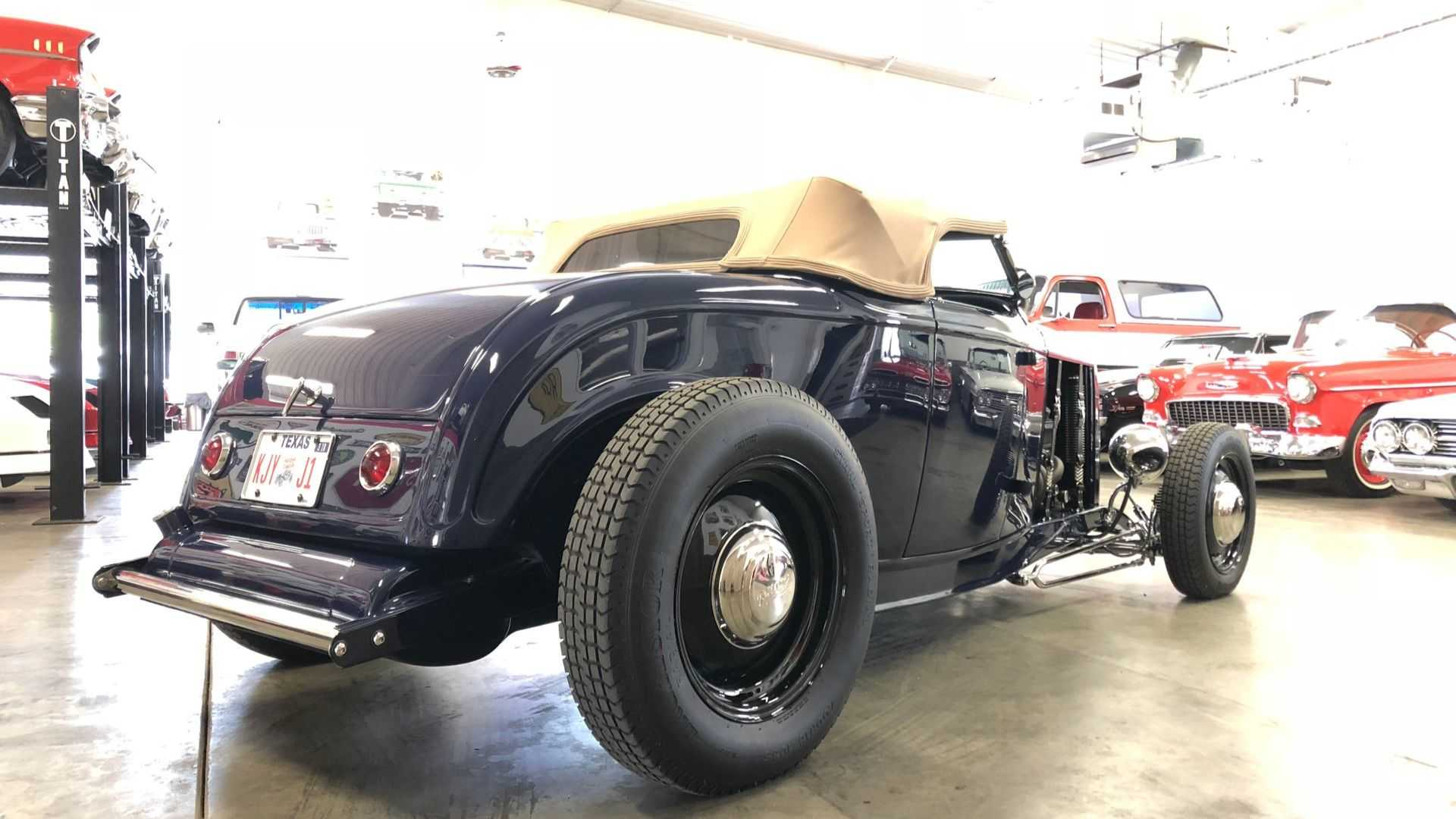 """[""""Use A 1932 Ford Roadster To Cruise In Style""""]"""