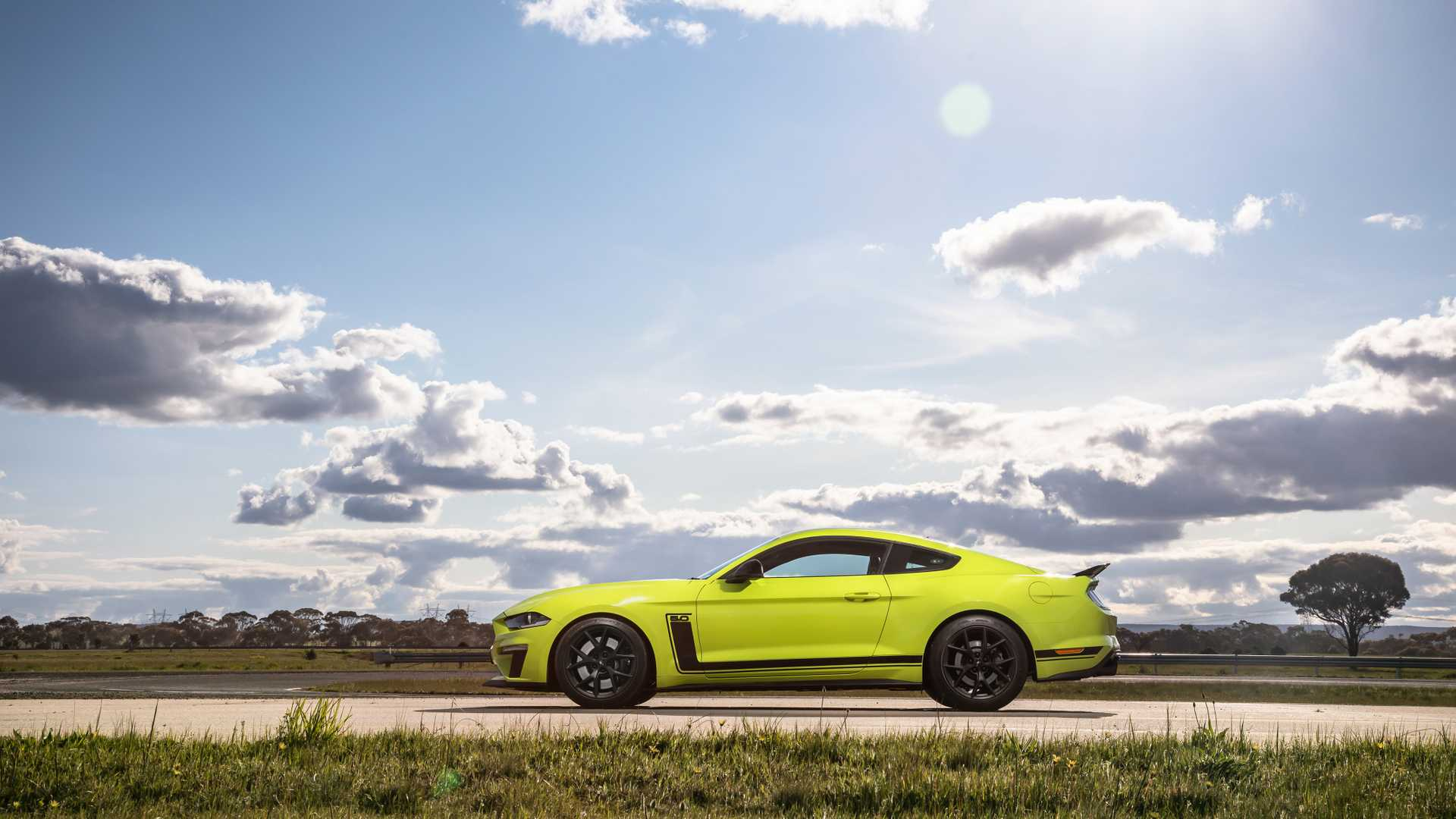2014 - [Ford] Mustang VII - Page 17 Ford-mustang-r-spec