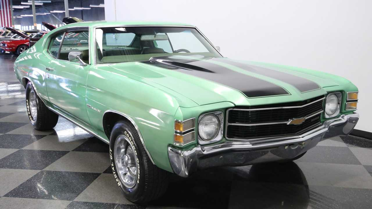 Make 'Em Green With Envy In A 1971 Chevrolet Chevelle Malibu