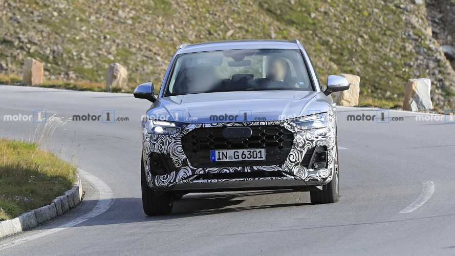 2021 Audi Q5 facelift spy photos
