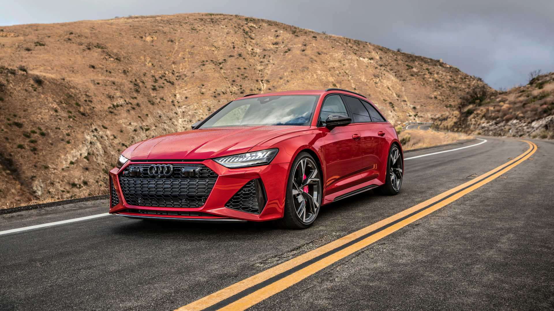 Watch The 2021 Audi RS6 Avant Accelerate Like A Supercar ...