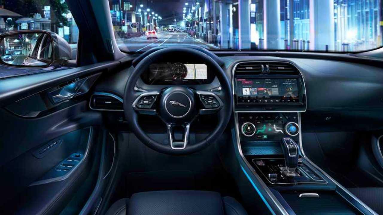 Jaguar Land Rover, aggiornamenti online di serie sui nuovi modelli