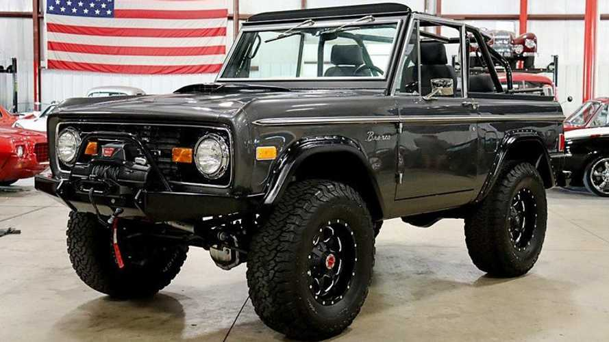 Restored 1977 Ford Bronco Goes Anywhere, Shows Everywhere