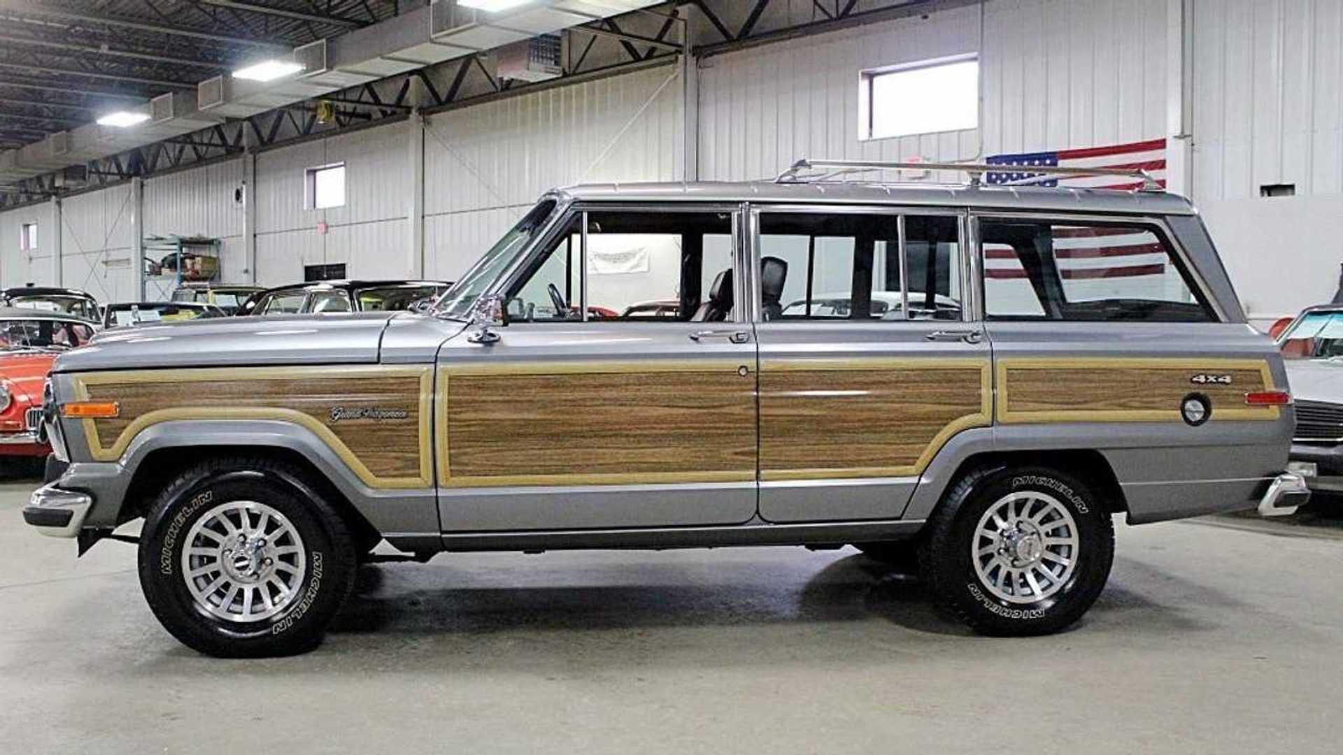 "[""Own An Original 'Best In Class' 1991 Jeep Grand Wagoneer""]"