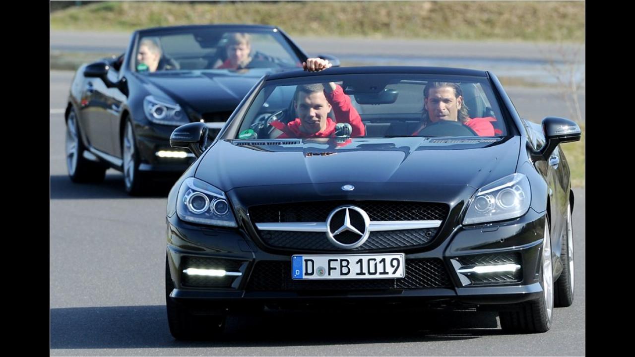 Lukas Podolski und Tim Wiese: Mercedes SLK