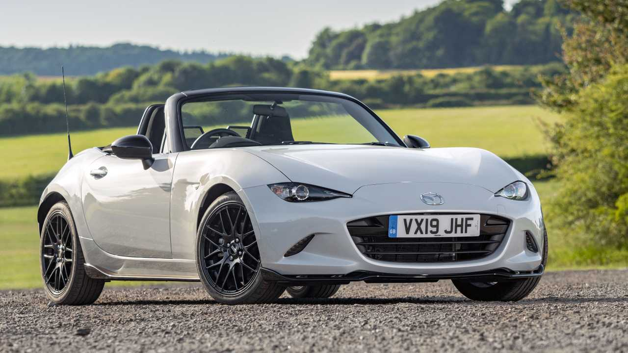 Mazda MX-5 Cup and Design packs