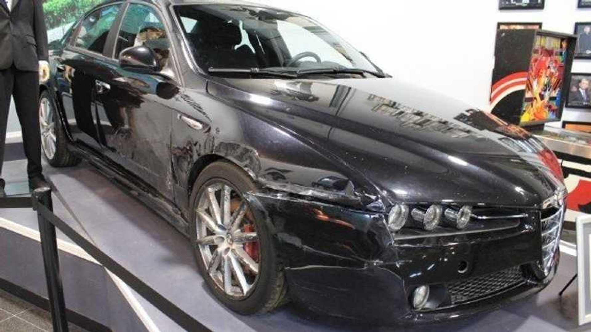 """[""""Quantum of Solace Alfa Romeo 159 V6""""]"""