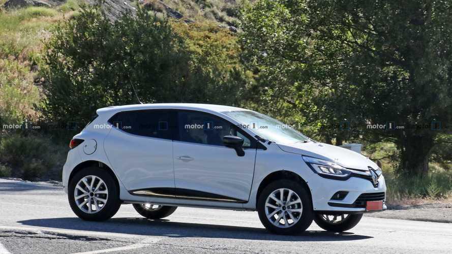 Renault testet Kleinwagen-SUV oberhalb des Captur als Erlkönig