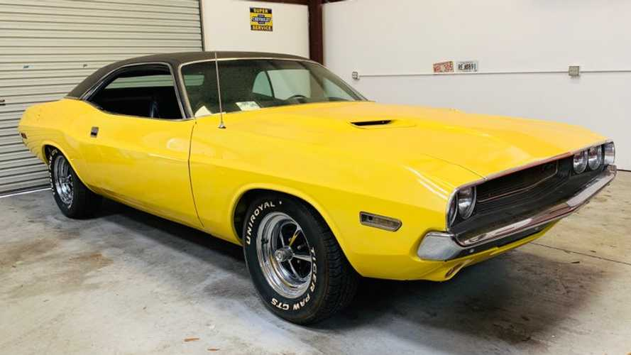 1970 Dodge Challenger Is A Must-Have Mopar