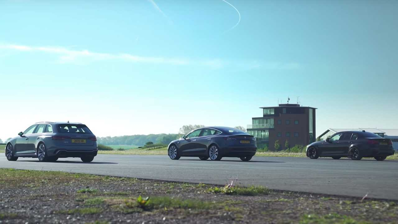 Tesla Model 3 vs BMW M3 vs Audi RS4 Drag Race