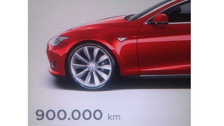 This Record-Setting Tesla Model S Has 900,000 Kilometers On Odometer