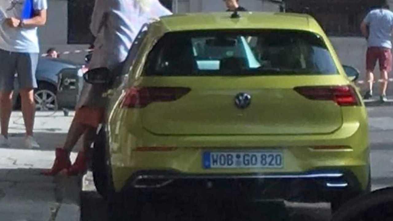 VW Golf MK8 Commercial
