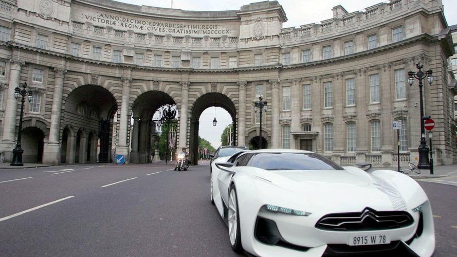 GTbyCITROEN supercar concept video driving in London