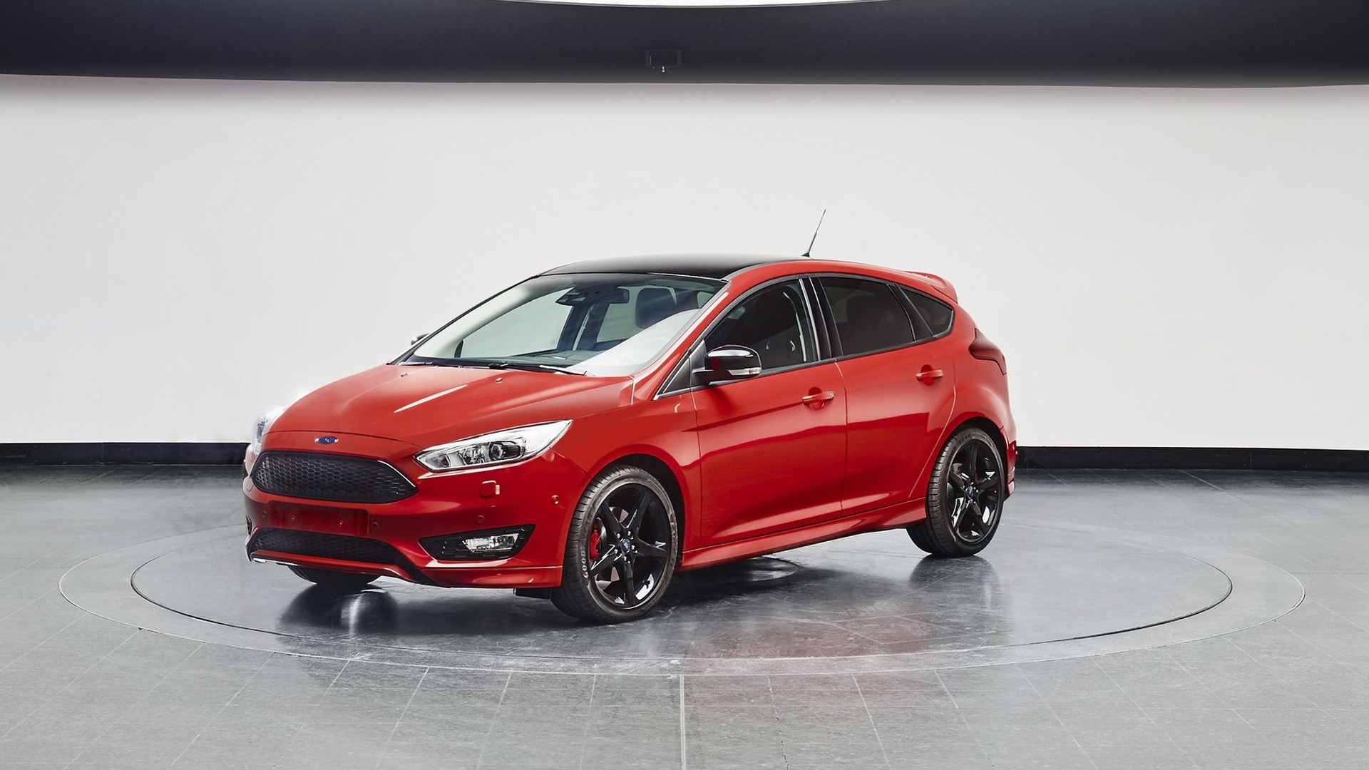 Red Ford Focus >> Ford Focus Black Red Editions Introduced In Europe