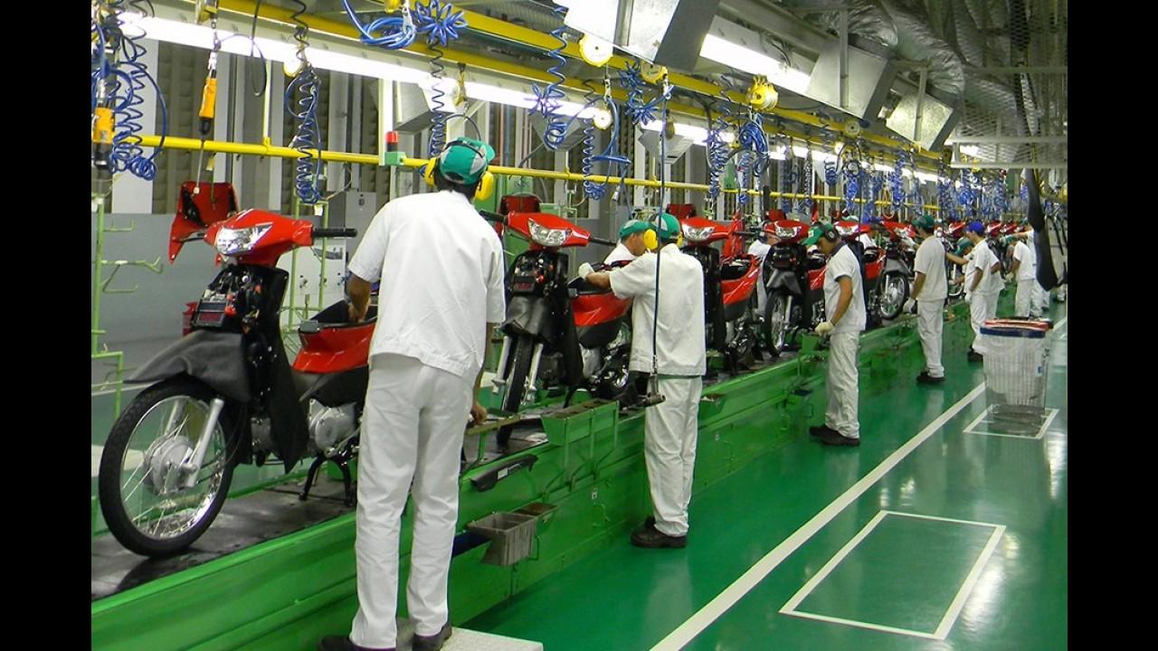 Produção de motos cai 26,6% em um ano; tendência aponta estabilidade
