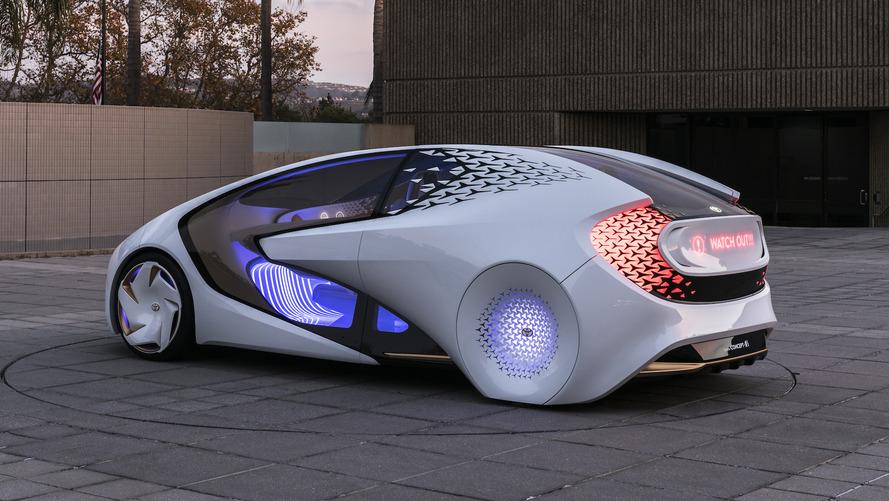 Toyota Concept-i normal araçlardan daha 'akıllı'