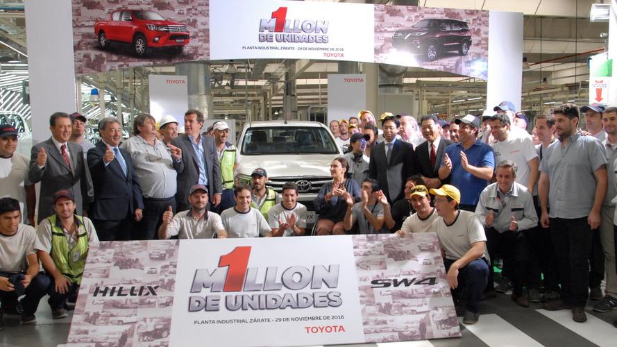 Fábrica de Toyota Hilux e SW4 comemora 1 milhão de unidades produzidas
