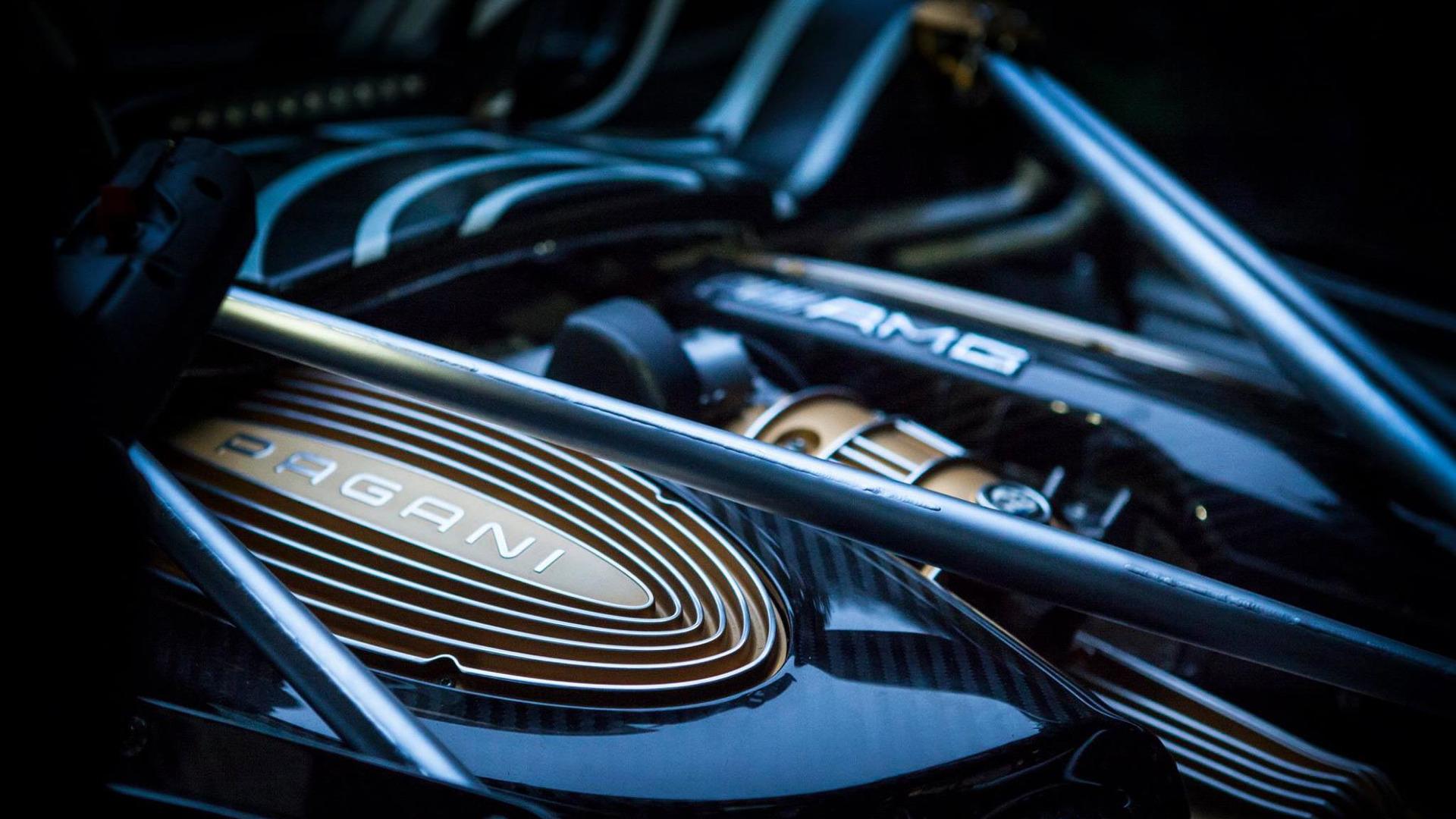 Pagani Huayra Roadster Engine Teaser Photo