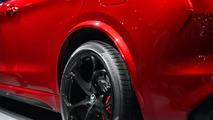 Alfa Romeo Stelvio: LA 2016
