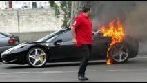 Ferrari investiga incêndios da 458 Italia