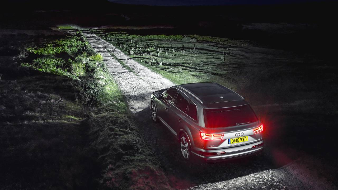 Audi Q7 Matrix Headlights