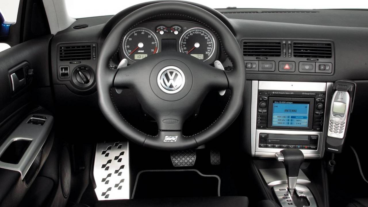 VW Golf IV radio