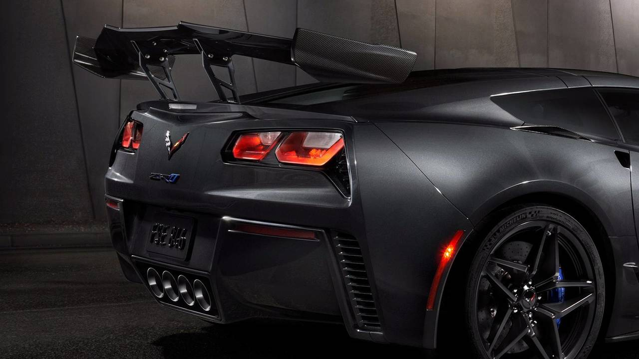 The Low Wing trim adds 70 percent more downforce.