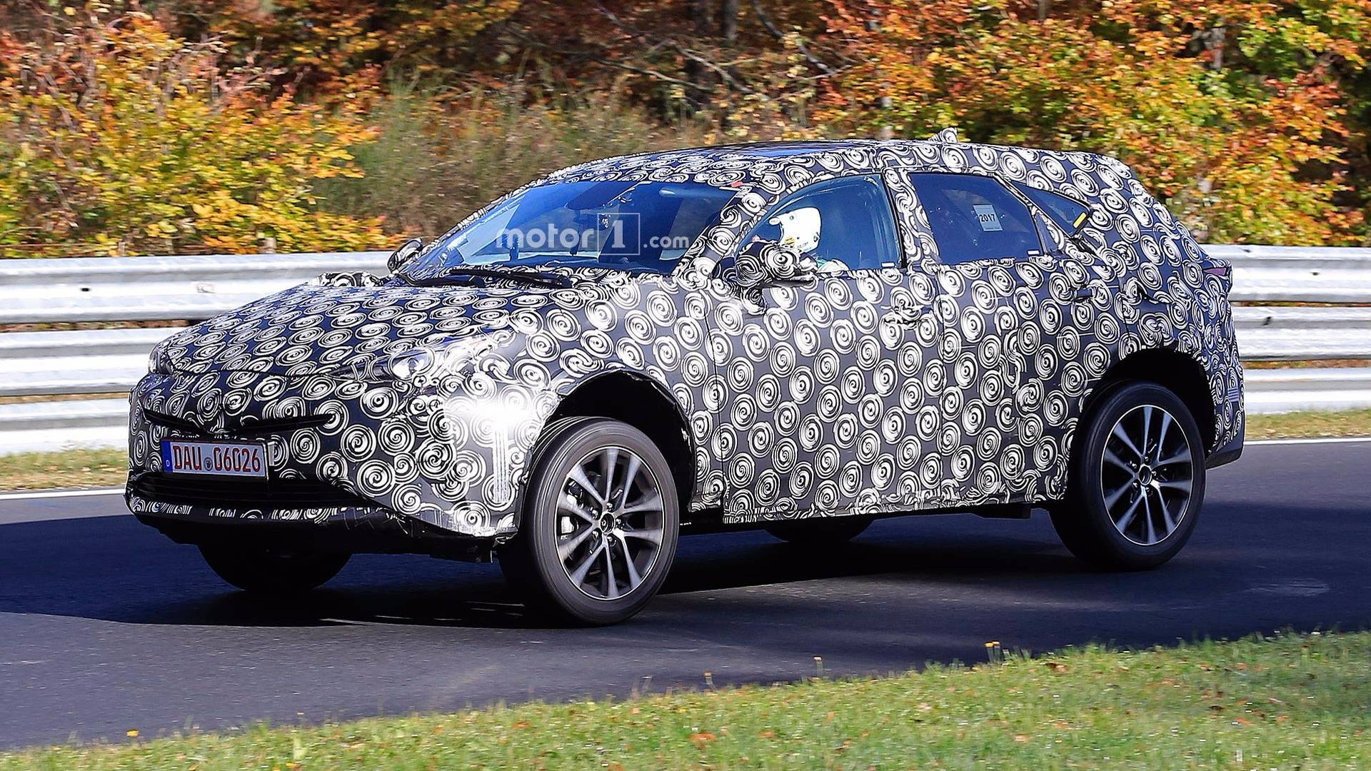 Spy Shots Toyota Prius Concept and Review