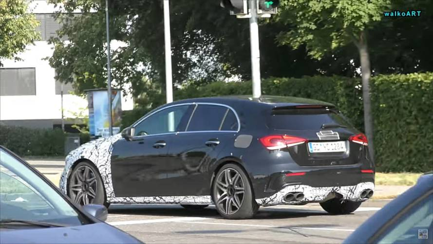 Mercedes-AMG A45 en photos espion