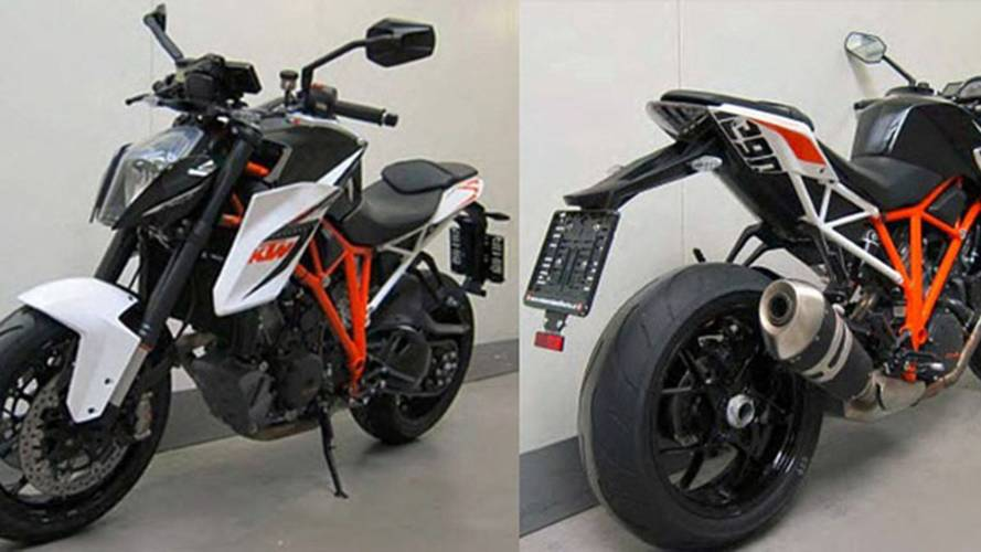 Leaked Online: 2014 KTM 1290 Super Duke R