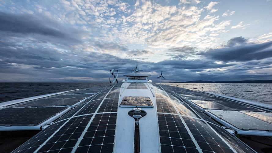 Barco Toyota alimentado por hidrógeno