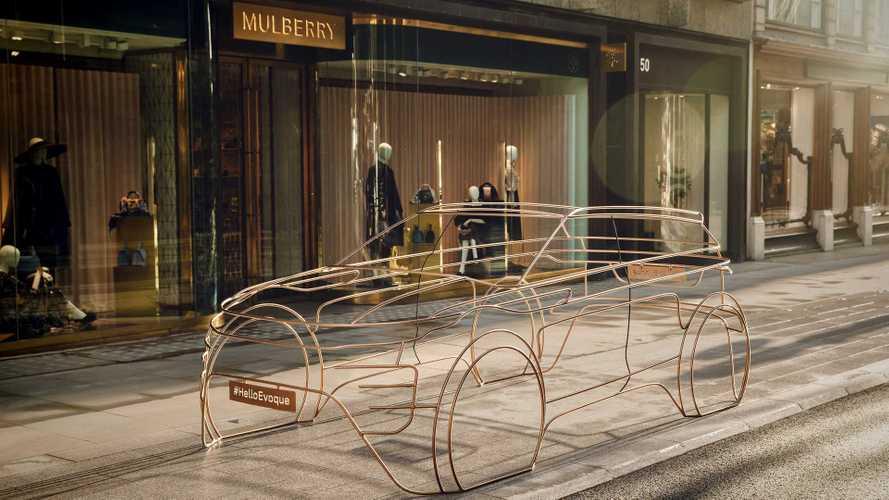 Novo Evoque 2020 aparece em forma de escultura metálica