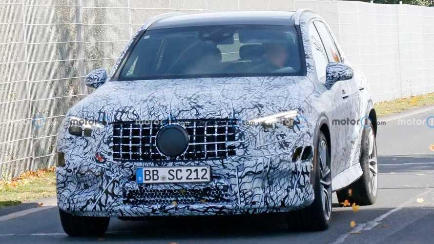 Новый Mercedes-AMG GLC 63 впервые заметили в районе Нюрбургринга