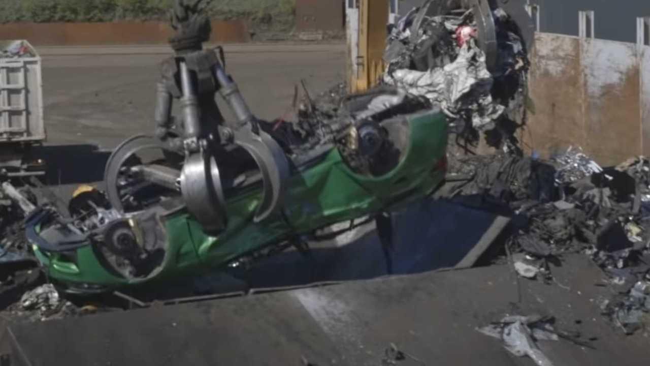 BMW M3 Touring station wagon demolizione video