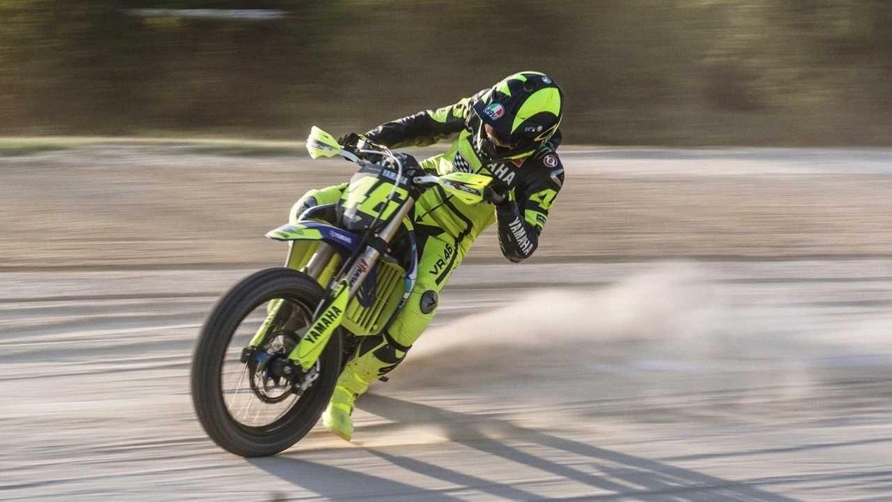 Valentino Rossi - Dirt Tracking