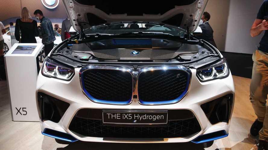 Foto BMW iX5 Hydrogen a Monaco