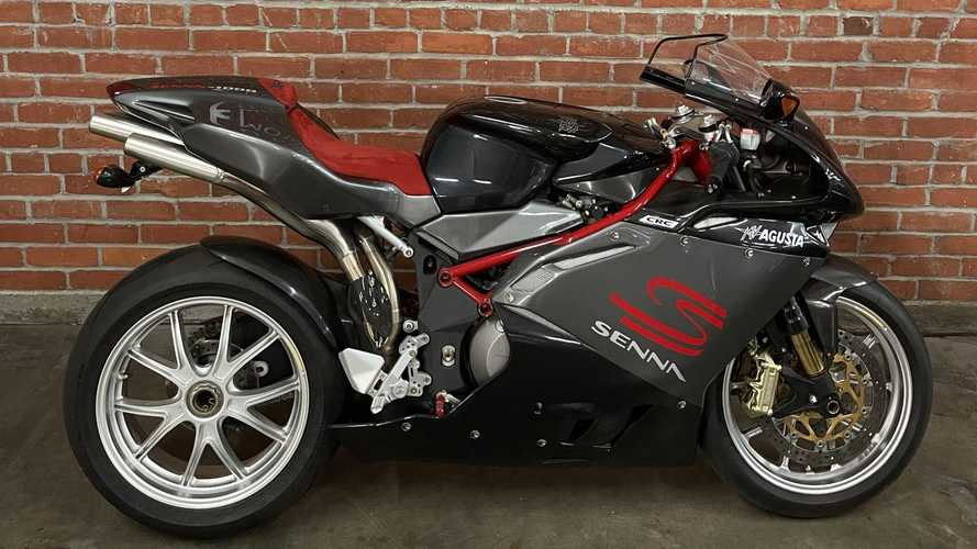 Você pagaria R$ 53 mil em uma moto com adesivo do Senna?