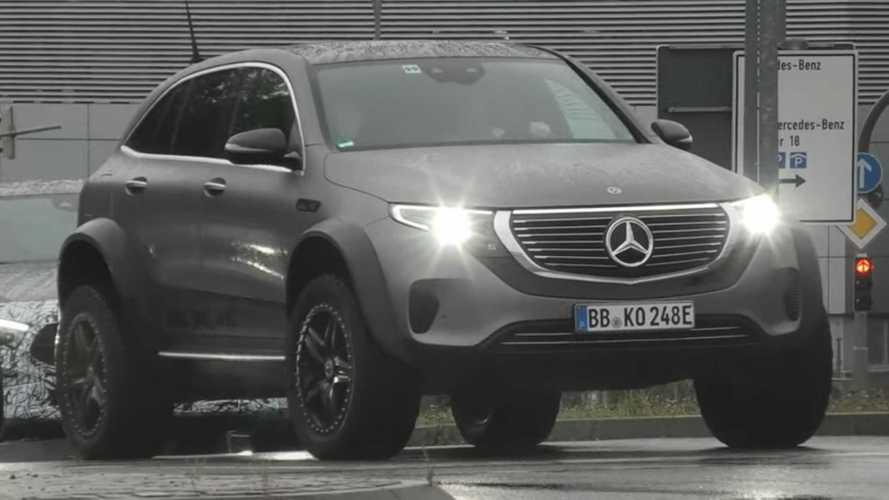 Prototipe Mercedes EQC 4x4² One-Off Tampakkan Diri di Jalan