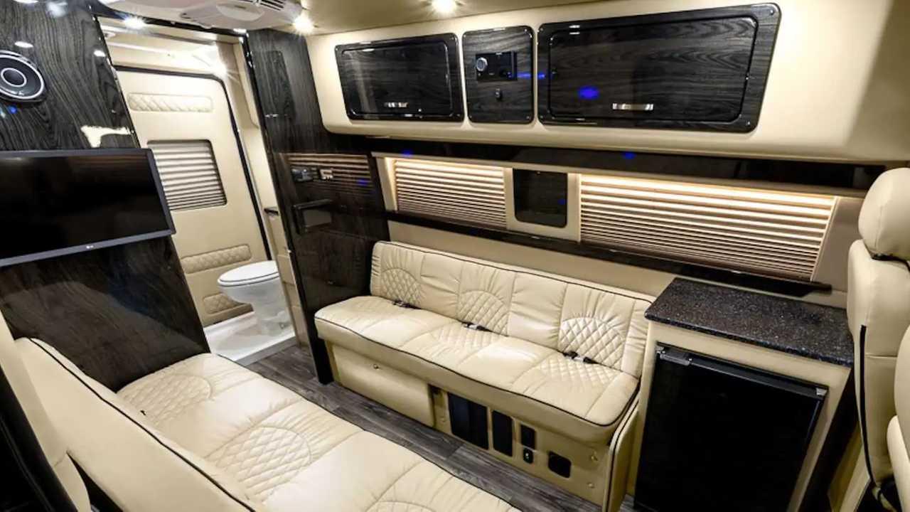 Ultimate Rover furgoneta camper de lujo