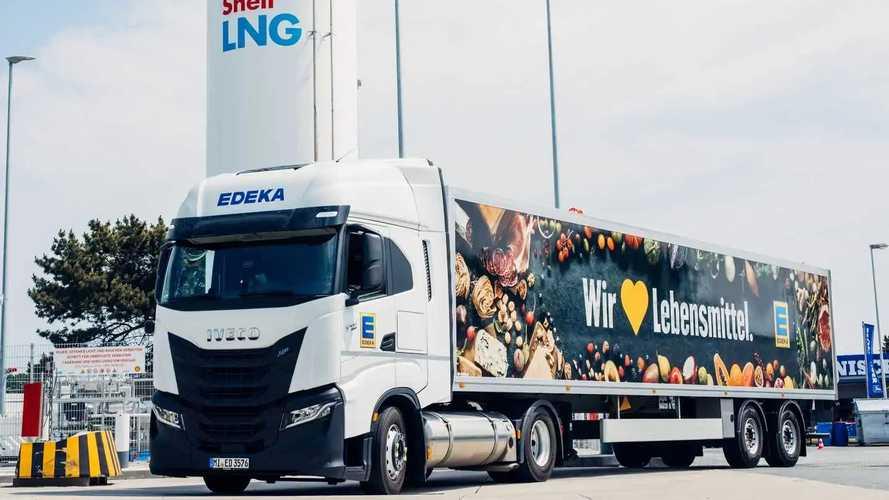 Iveco S-Way, in Germania alimentati con carburante Shell Bio-LNG