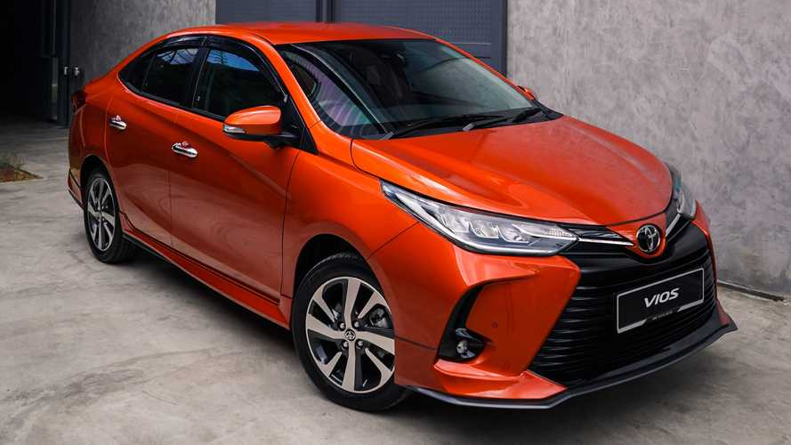 Toyota Yaris também poderá ter opção híbrida
