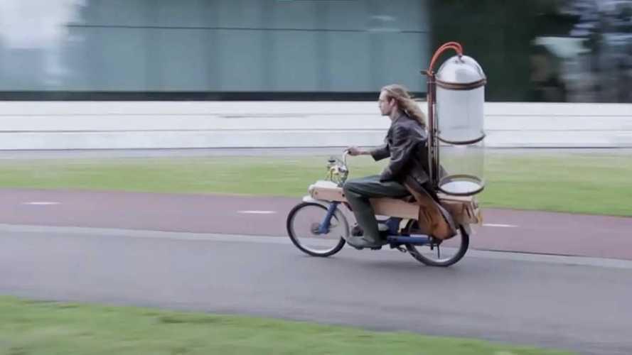 Dutch Engineer Converted His Honda Moped To Run On Methane