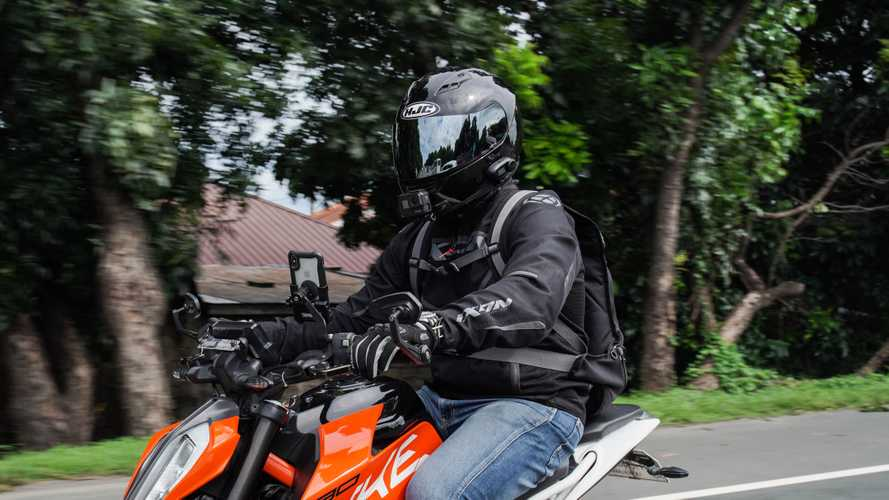 Gear Review: HJC CS-15 Full Face Helmet