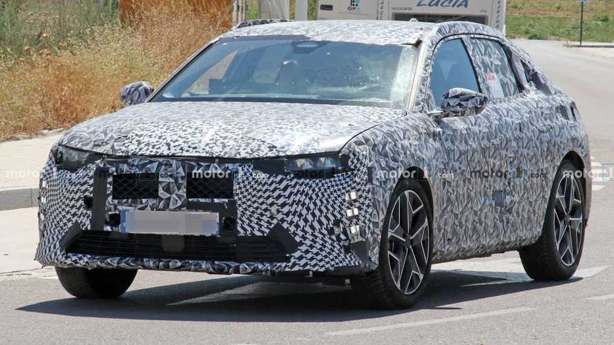 DS4 Caught Still Hiding Under Camouflage In New Spy Photos
