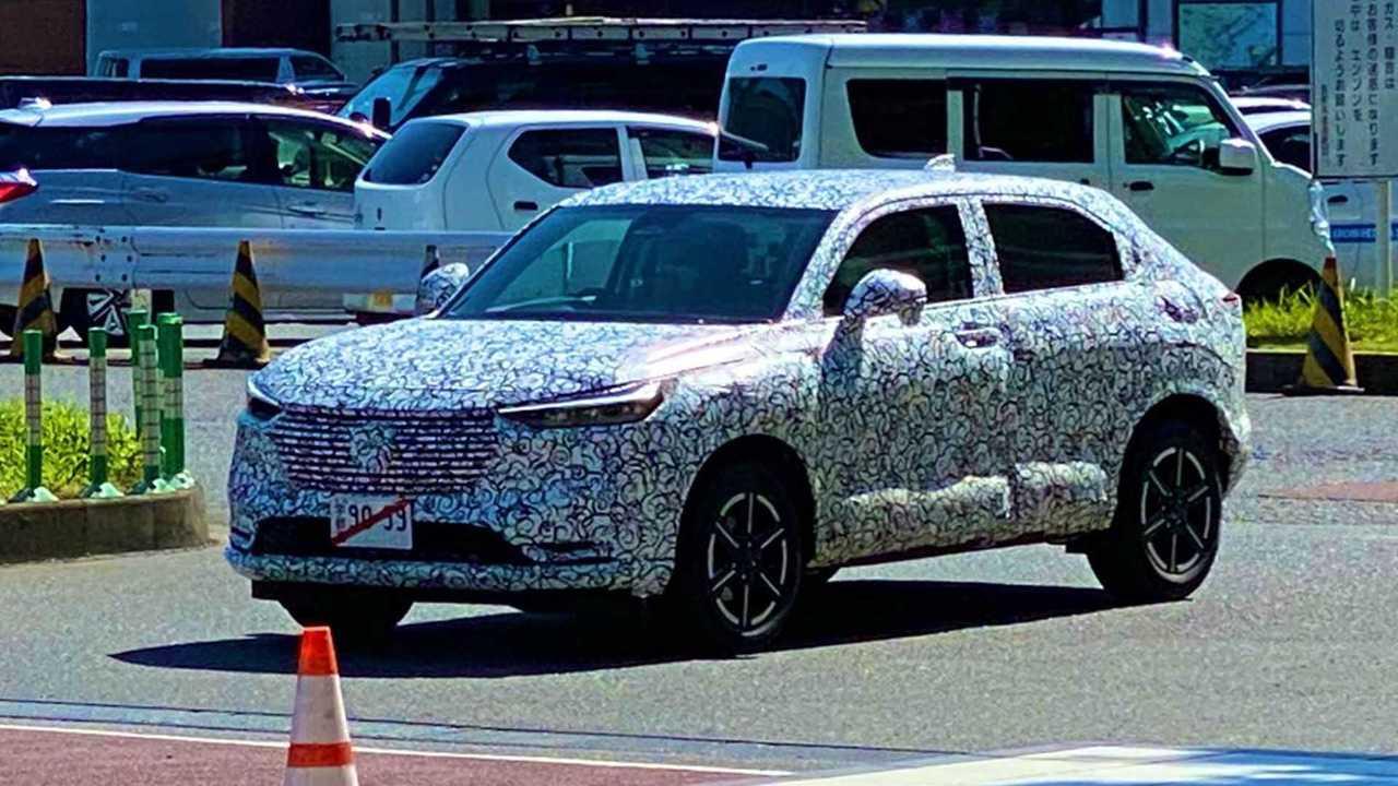 Honda HR-V 2022 - Flagra no Japão
