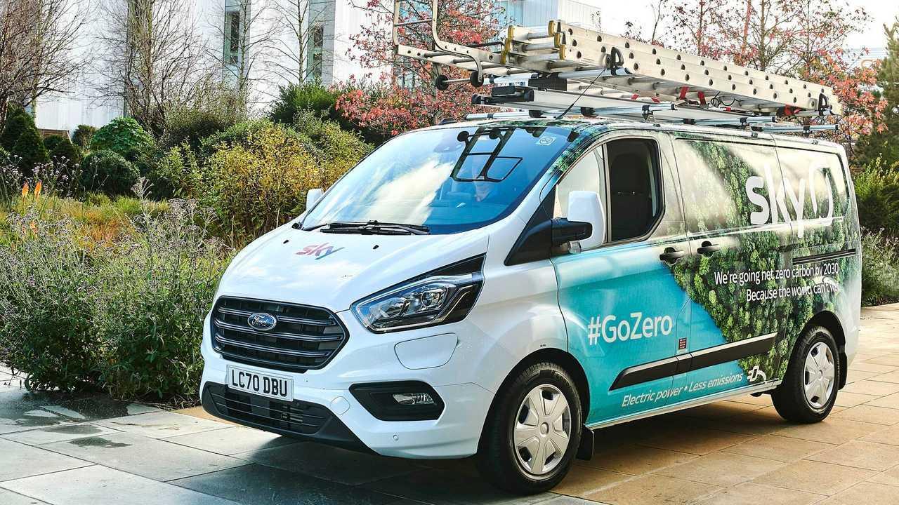 Ford Transit Custom Plug-in Hybrid in Sky fleet