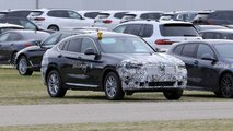 2022 BMW X4 facelift spy photos