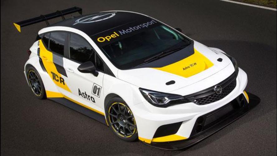 Opel Astra, 330 CV per il TCR