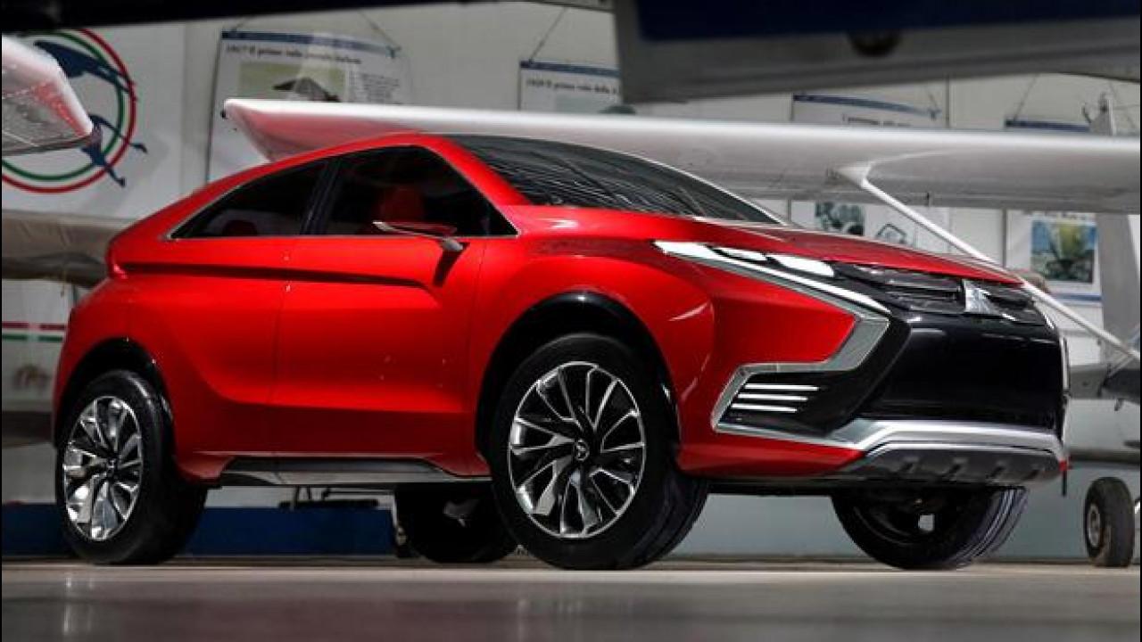[Copertina] - Salone di Ginevra, Mitsubishi presenta l'XR-PHEV II concept