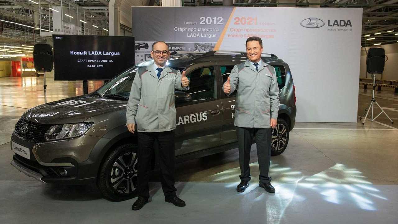 Начало производства обновленного Lada Largus